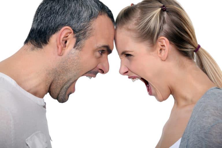 A Saga dos Relacionamentos: Calar ou Discutir? As 10 dicas para uma melhor comunicação no relacionamento!
