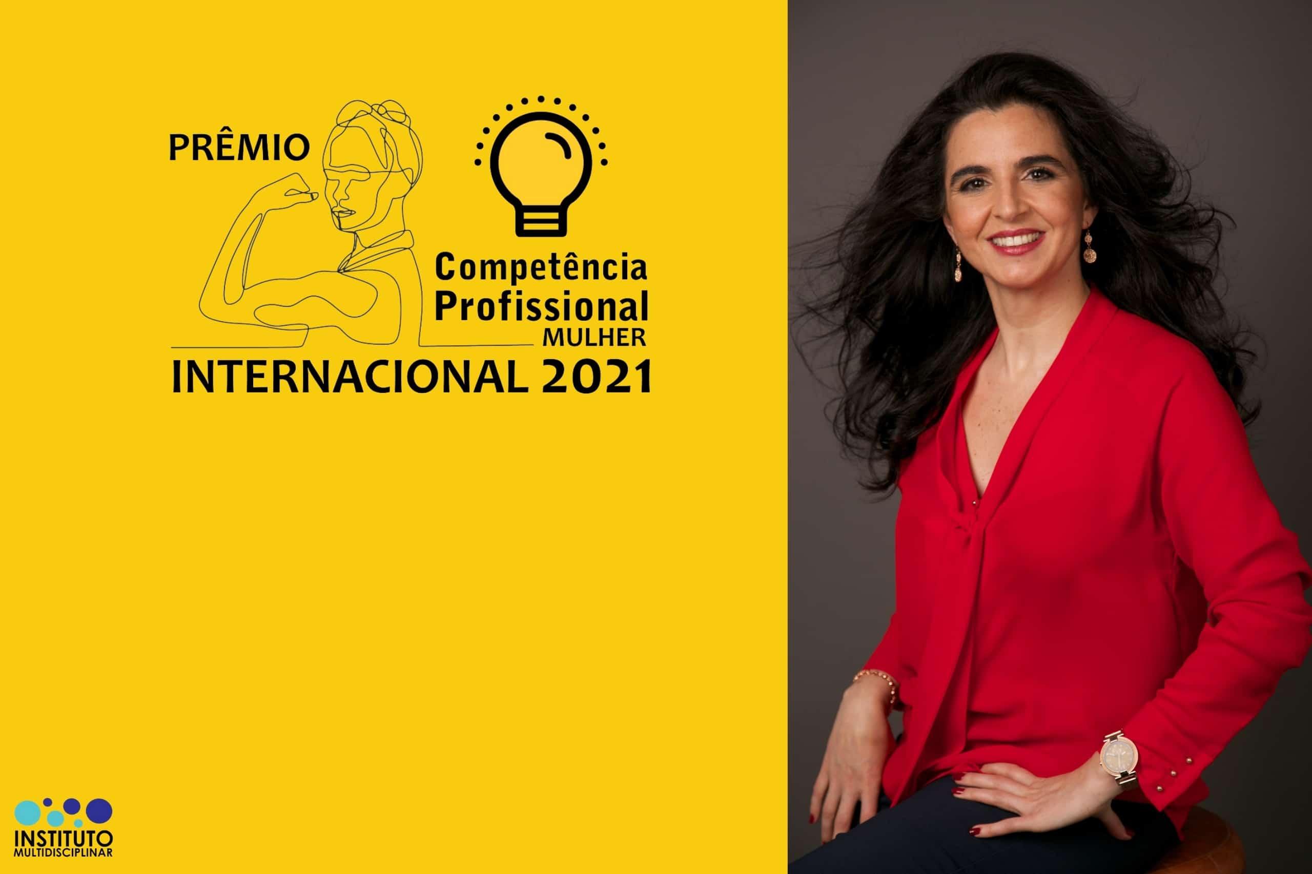 Laureada com Prêmio Competência Profissional Mulher